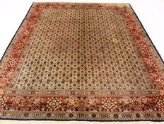 Beautiful Persian carpet, Moud Mut, 200 x 260cm, made in Iran at the end of the 20th century