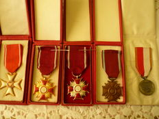 Order Polonia Restutita, cross of merit PRL (Poland), gold, silver and bronze, PRL decoration, lot of 5 crosses of merit from the 80s