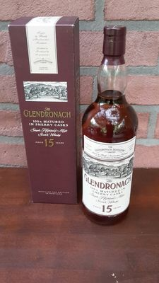Glendronach Old version ,  100 % sherry matured , 15 years old