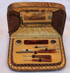 Manicure necessary - Ca 1935 - original case