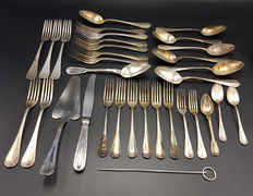 Several cutlery pieces, Christofle, France, 19e/20th century, 33x