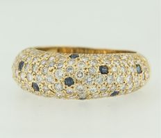 14 kt yellow gold ring, set with brilliant cut sapphire and diamond, ring size 17.25 (54)