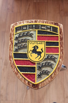 Porsche - Large logo carved in wood - 44 x 34 cm