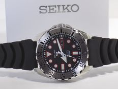 Seiko 5 Sports automatic 100m – Men´s wristwatch – in new condition – 70