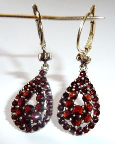 Earrings with Bohemian Rhodoliet Garnets, star shape cut.