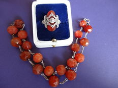 Silver necklace and ring with carnelian