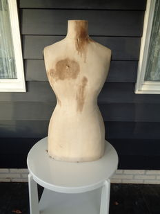 French mannequin / bust