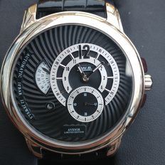 T.  W.S. Avenir 3256 - Men's wristwatch