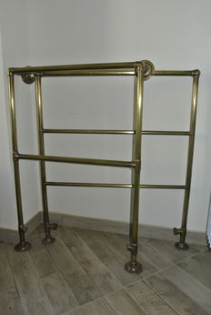 A pair of Victorian brass towel warmers - England, 20th C