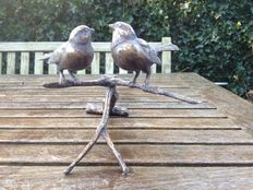 2 bronze birds on branch (bara brown), bronze