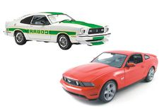 Greenlight - Scale 1/18 - 2010 Ford Mustang GT and Ford Mustang Mk II Cobra II, 1978