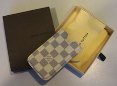 Funda rígida de iPhone 4 Louis Vuitton a cuadros