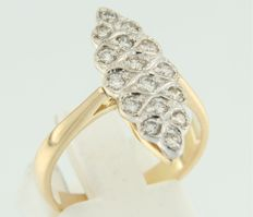 18 kt bi-colour gold marquise shaped ring set with 16 brilliant cut diamonds **** NO RESERVE PRICE ****