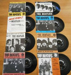The Beatles: Lot Of  Eight (8) Very Collectable  and Wanted DUTCH Singles in ORIGINAL Photocovers from the early 60s In VG++/ Excellent/Near Mint Condition. ALL WITH CENTREPIECES!