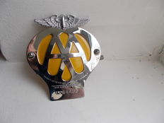 aa  vintage chrome car badge 1957-1959  condition in excellent never been fitted to a vehicle original with original fixings