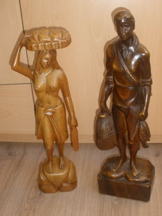 2 wooden statues, fisher and woman - Philipines - 2nd half 20th century