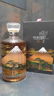 Hibiki 21 Year Old Mount Fuji Limited Edition 1st Edition