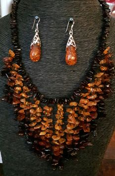 Necklace and earrings made of Baltic amber and 925 sterling silver