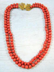 Double strand red coral necklace with 14 kt gold filigree clasp - antique folk costume red coral approx 7.8 mm diameter