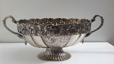 Large silver plated grape/fruit bowl.