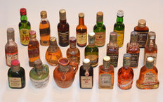 Collection of 120 miniature bottles from the 60s-70s