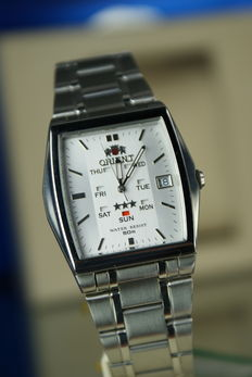 Orient automatic Day/Date men's  wrist watch
