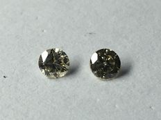 Lot of pair of diamonds in brilliant cut, in total 0.18ct