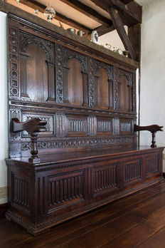 Monumental Flemish oak monastery bench in Renaissance style - end of 19th century
