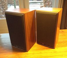JAMO J70 Two Speakers, Tweeweg-speakers, Denemarken