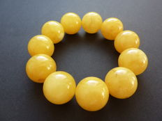 Baltic Amber bracelet in egg yolk/ butter colour