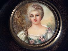 French School - Mme du Barry as Flora - portrait miniature painted on ivory - early 19th century