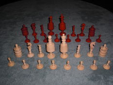 Antique ''Barleycorn'' Chess pieces made from Bone