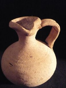 Roman rough-edged pottery jug with trefoil mouth - 110 mm