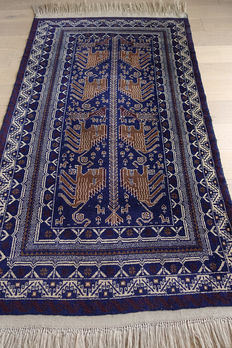 AUTHENTIC NOMADIC BALUCH TENT RUG   circa 1990 in EXCELLENT CONDITION  180x110cm