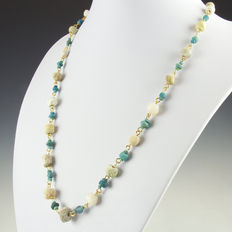 Necklace with Roman turquoise glass, shell and stone beads, including clasp - 55 cm