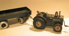 N.B., Germany - Length: 35 cm - Tinplate Military Tractor and Trailer with crank drive, 30s