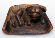 Wooden netsuke of Shishi dog - Japan - 19th century
