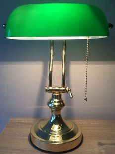 Brass Bankers / desk lamp - Second half of the 20th century.