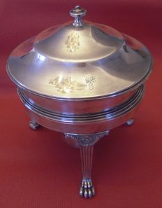 Food warmer, Terrine with chafing dish, chafing dish from Pick & Co. for #8 Elks Lodge, Louisville (engraving)