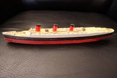 RMS Queen Mary ship - wooden boat - year 1936
