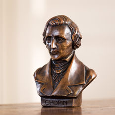 Beautiful bust of Frédéric François Chopin (1810 - 1849)