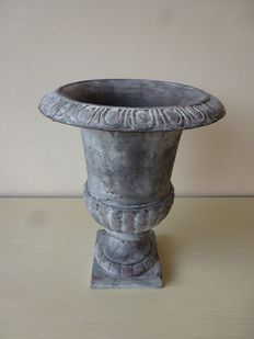 Cast iron Flowerpot / Jardinière, France, 2nd half 20th century.