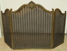Solid copper fireplace screen