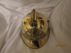 superb fireman helmet 1895