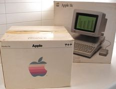 Personal computers Mac-Apple IIc. Builded 1984 (USA California).  Perfect condition.  Boxed.