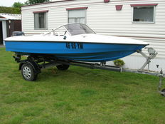 Speedboot Fletcher Arrow 430 met Evinrude 30pk en trailer - 1979
