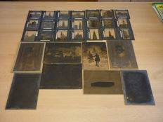 Batch of 21 slides and 8 large photo plates in glass - beginning 20th century