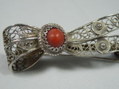 Silver filigree brooch with red coral, Italy, circa 1940
