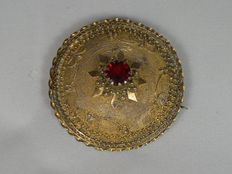 Brooch with red stone - hand made, Italy, circa 1940