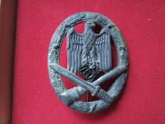 General Assault Badge, archaeological find, very good worn condition  Cleaned.